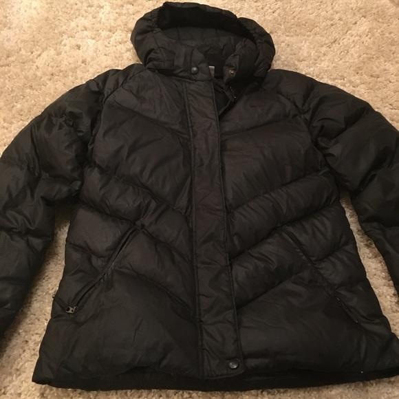 4423a34dccd5 Black womens nike winter jacket size large. M 5bc2a71da31c332b8b4d12b2